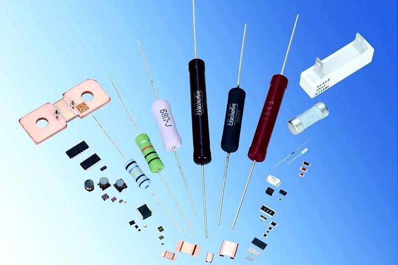電子部品の値上げ顕在化、需要急回復で納期2倍に