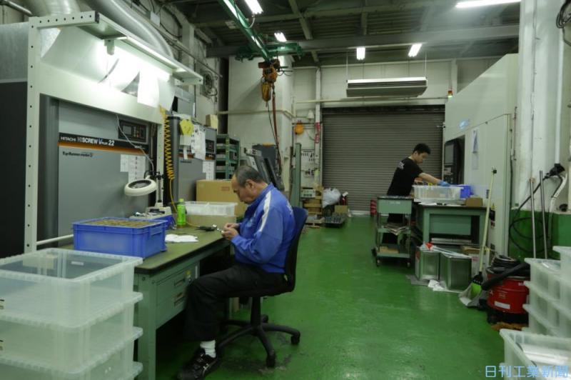 菅政権が促す中小企業の再編や生産性向上、淘汰で地域経済に悪影響も