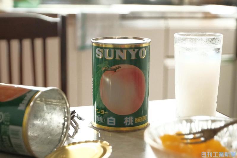 「 果物の缶詰」から見える、日々の暮らしとデザインの接点