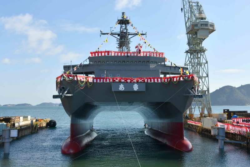 防衛省、音響測定艦「あき」の乗員体制を4クルー制へ