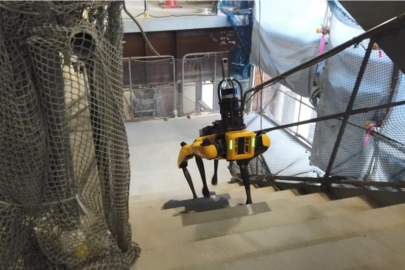 四足歩行ロボットで建設現場管理業務を10%削減。竹中工務店が実証