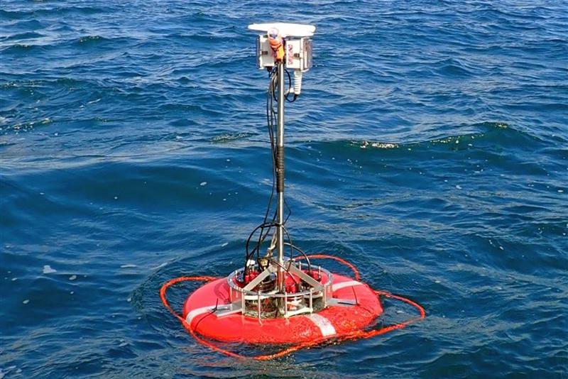 海底探査のコストが下がる!東大が開発した自律型音響測位ブイの実力