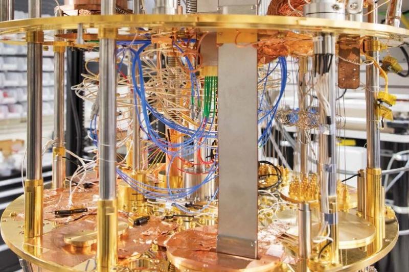 量子コンピューティングがもたらすビジネス変革に備えよ。日本IBMがまとめた戦略リポートの中身